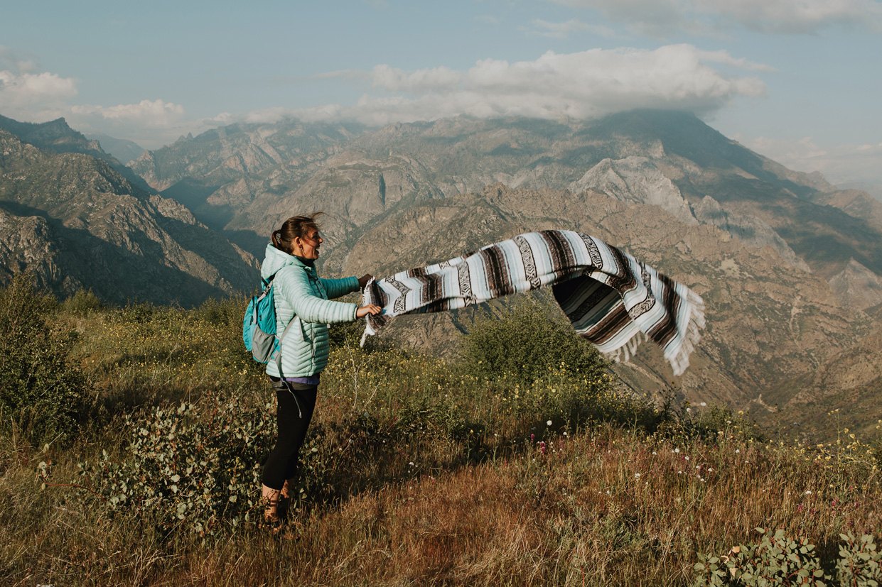 CindyGiovagnoli_Kings_Canyon_National_Park_hike_firetower_lookout_sunset-009.jpg