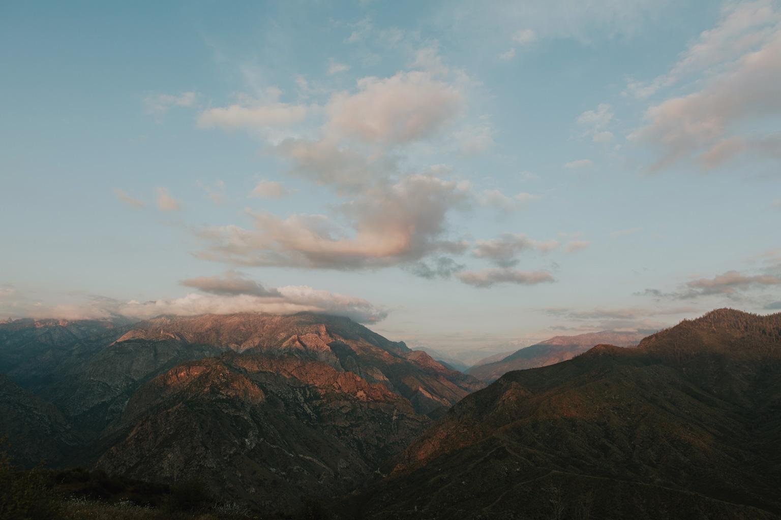 CindyGiovagnoli_Kings_Canyon_National_Park_hike_firetower_lookout_sunset-021.jpg