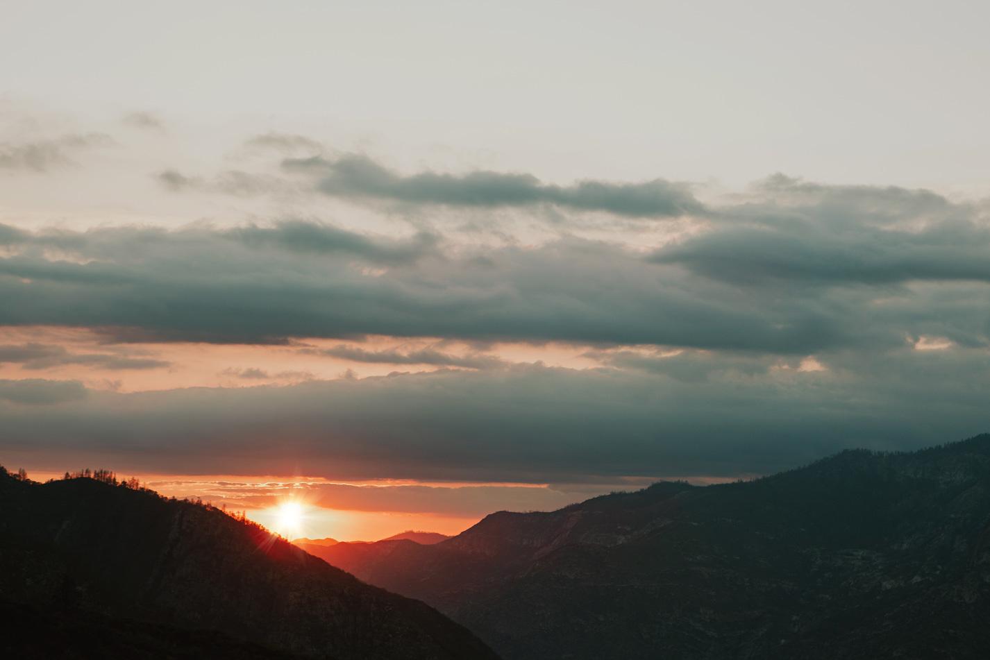 CindyGiovagnoli_Kings_Canyon_National_Park_hike_firetower_lookout_sunset-024.jpg