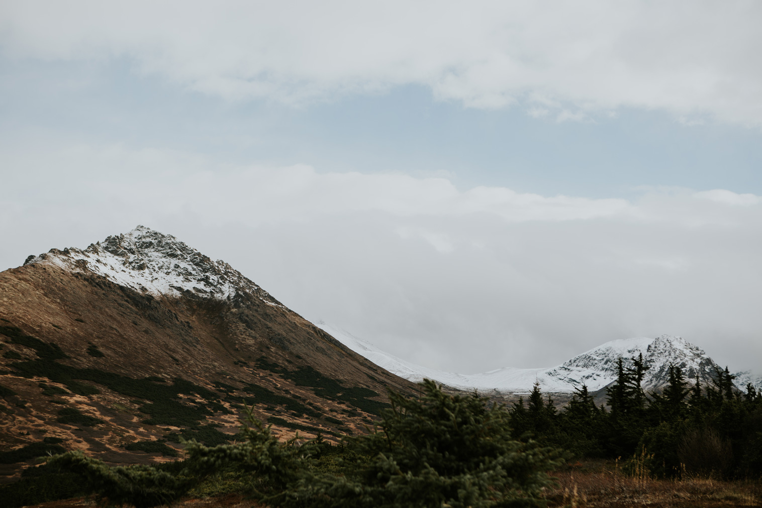 CindyGiovagnoli_Anchorage_Alaska_Flattop_mountain_hike_snocapped-002.jpg