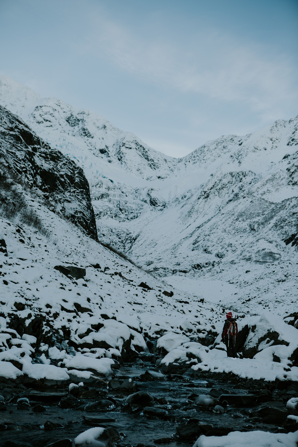 CindyGiovagnoli_hiking_glacier_Anchorage_snow_winter_ByronGlacier_Alaska-009.jpg