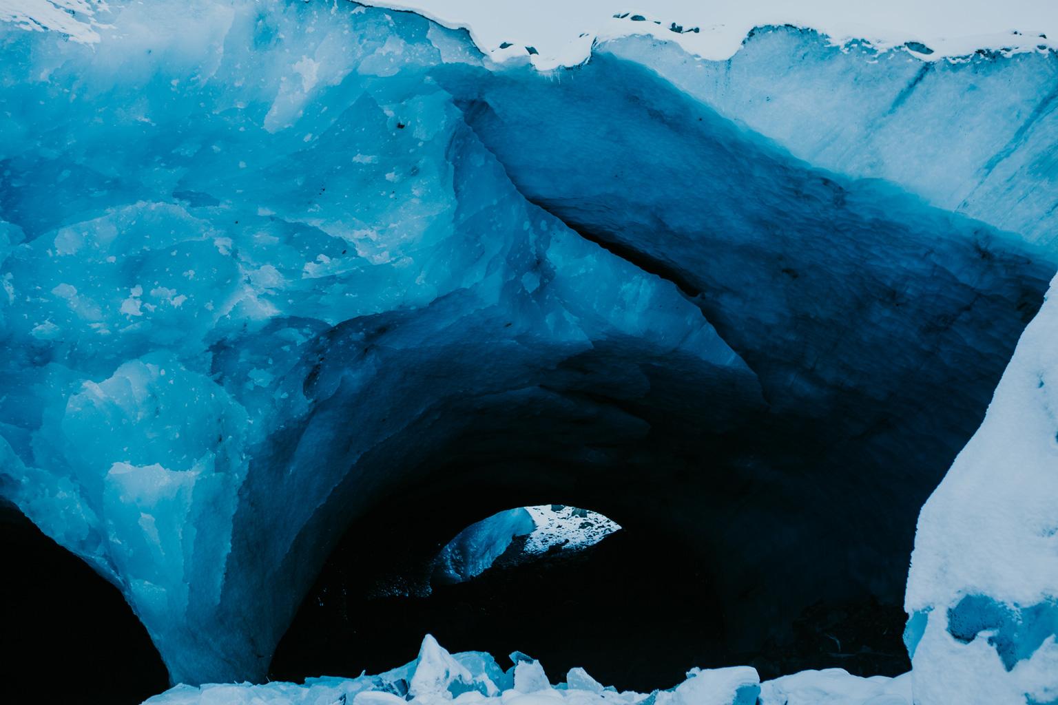 CindyGiovagnoli_hiking_glacier_Anchorage_snow_winter_ByronGlacier_Alaska-025.jpg