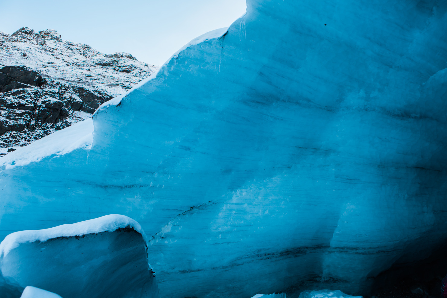 CindyGiovagnoli_hiking_glacier_Anchorage_snow_winter_ByronGlacier_Alaska-028.jpg