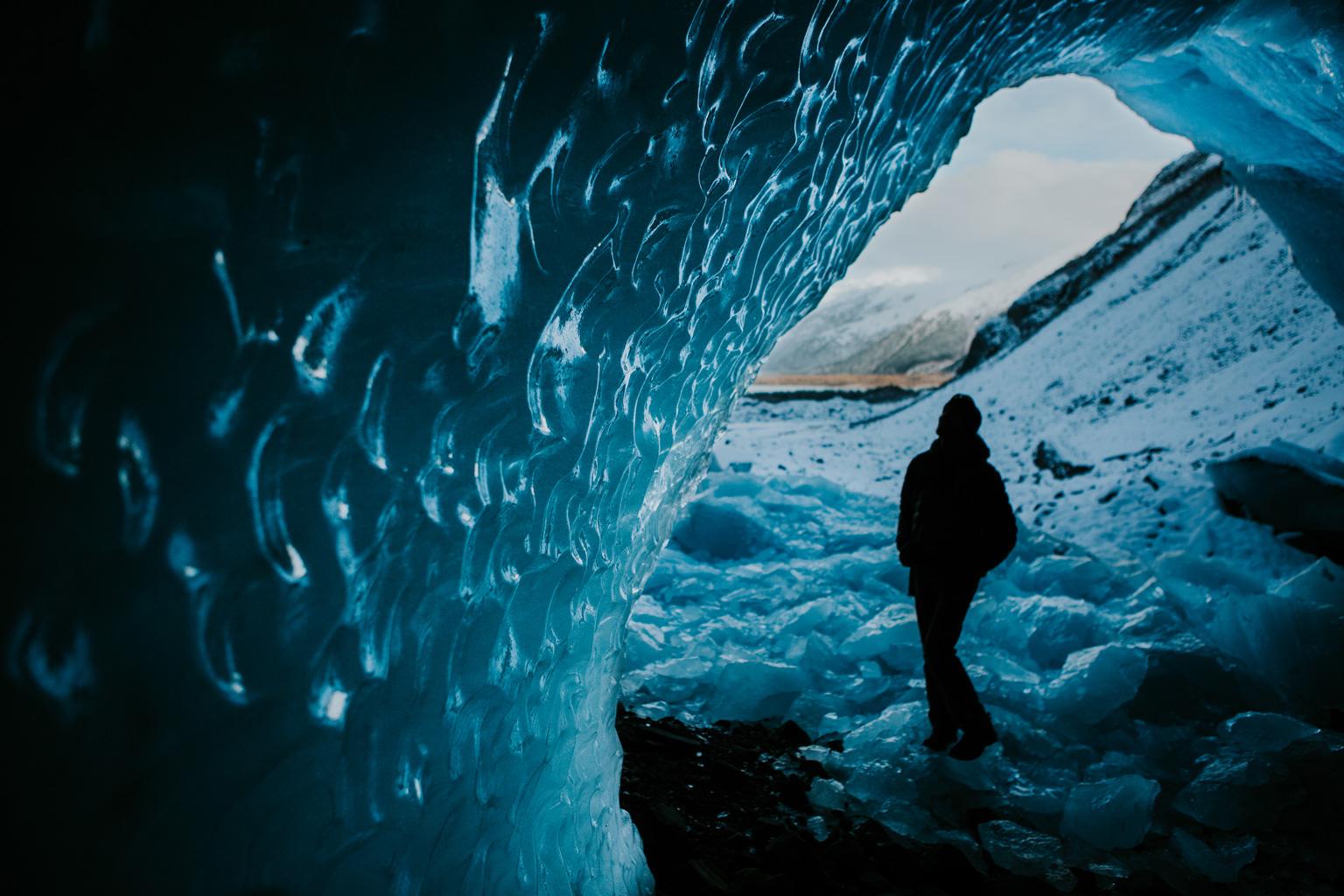 CindyGiovagnoli_hiking_glacier_Anchorage_snow_winter_ByronGlacier_Alaska-034.jpg