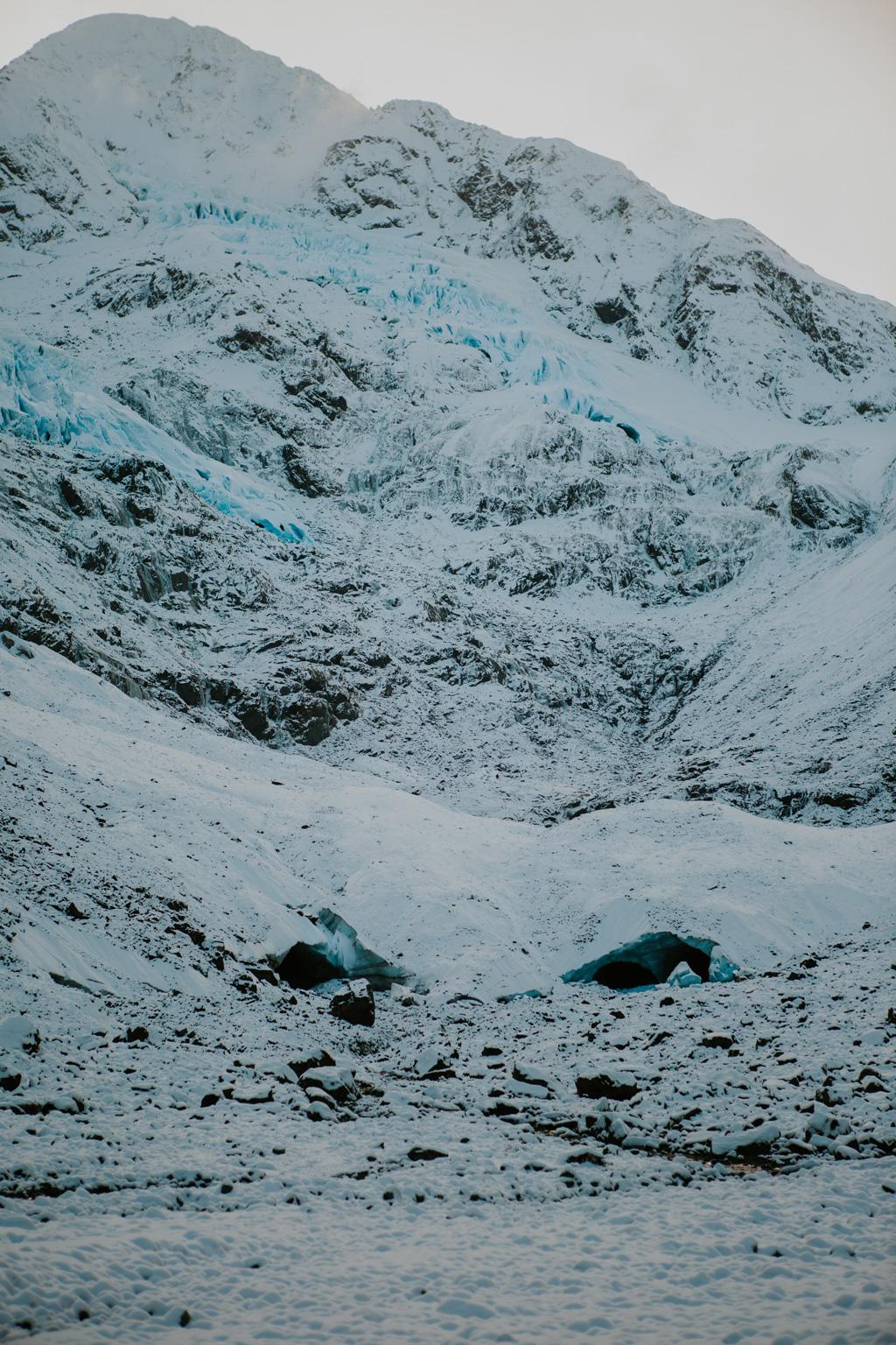 CindyGiovagnoli_hiking_glacier_Anchorage_snow_winter_ByronGlacier_Alaska-054.jpg