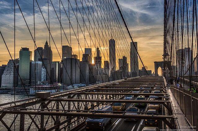New York sunset⠀ ⠀ #nyc #pentax #travel #njphotography #skyline #urbanlandscape #urbanlandscapephotography
