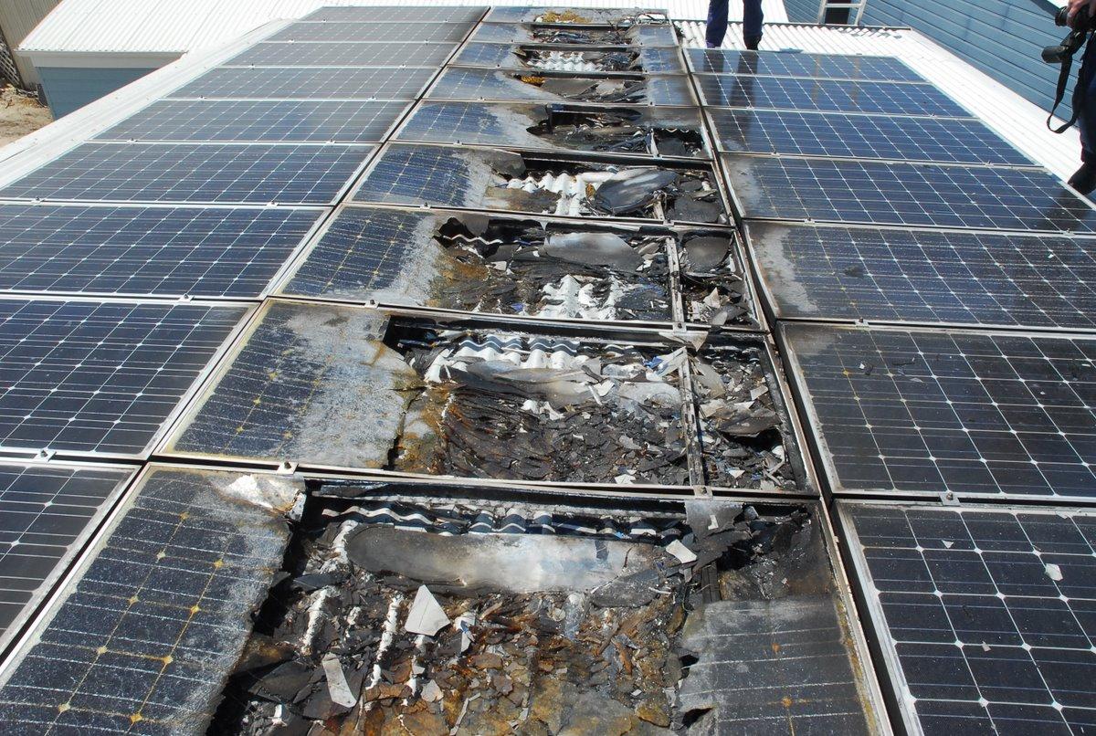 Panel solar quemado.jpg