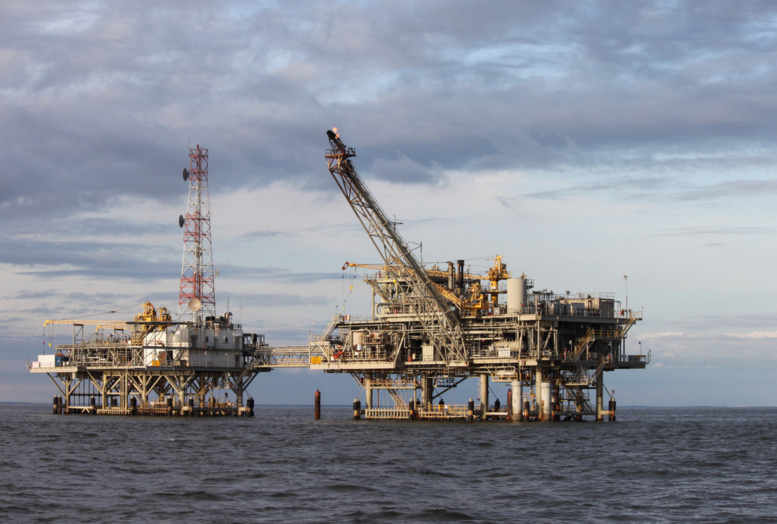 Explotación petrolera marítima que necesitamos para la mayoría de todos los bienes de consumo