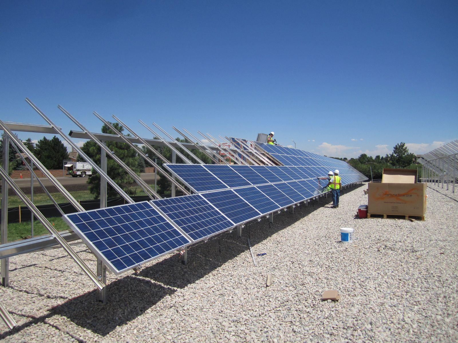 Pasos para contratar paneles solares -