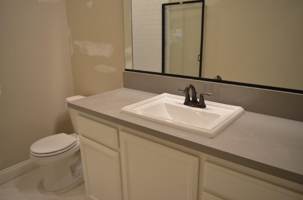 15 - Bath 2.jpg