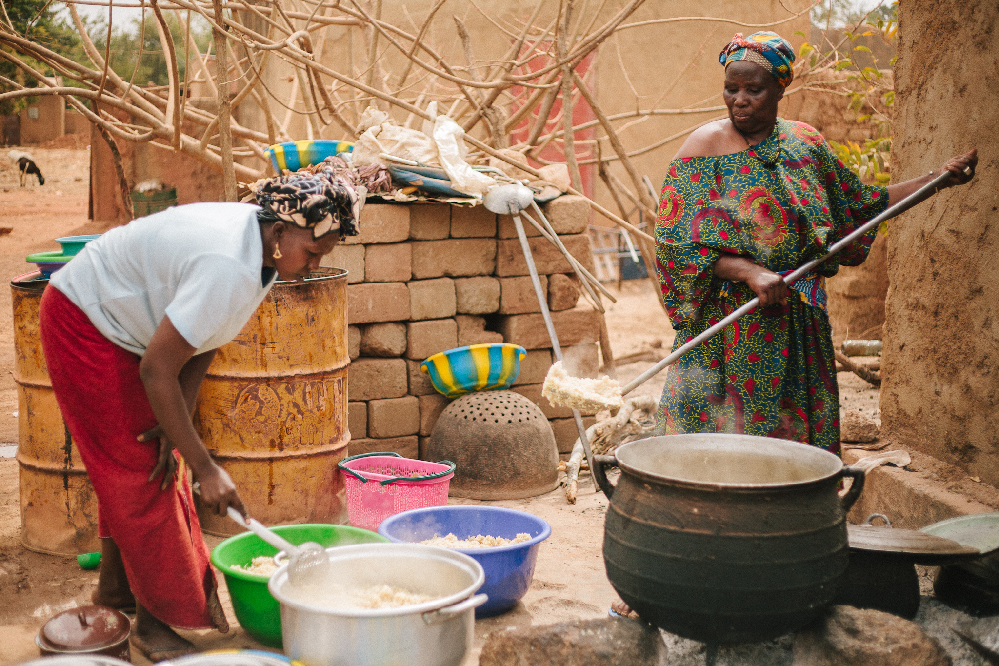 Advance preparation is required to supply Mali Rising volunteers with meals each day.