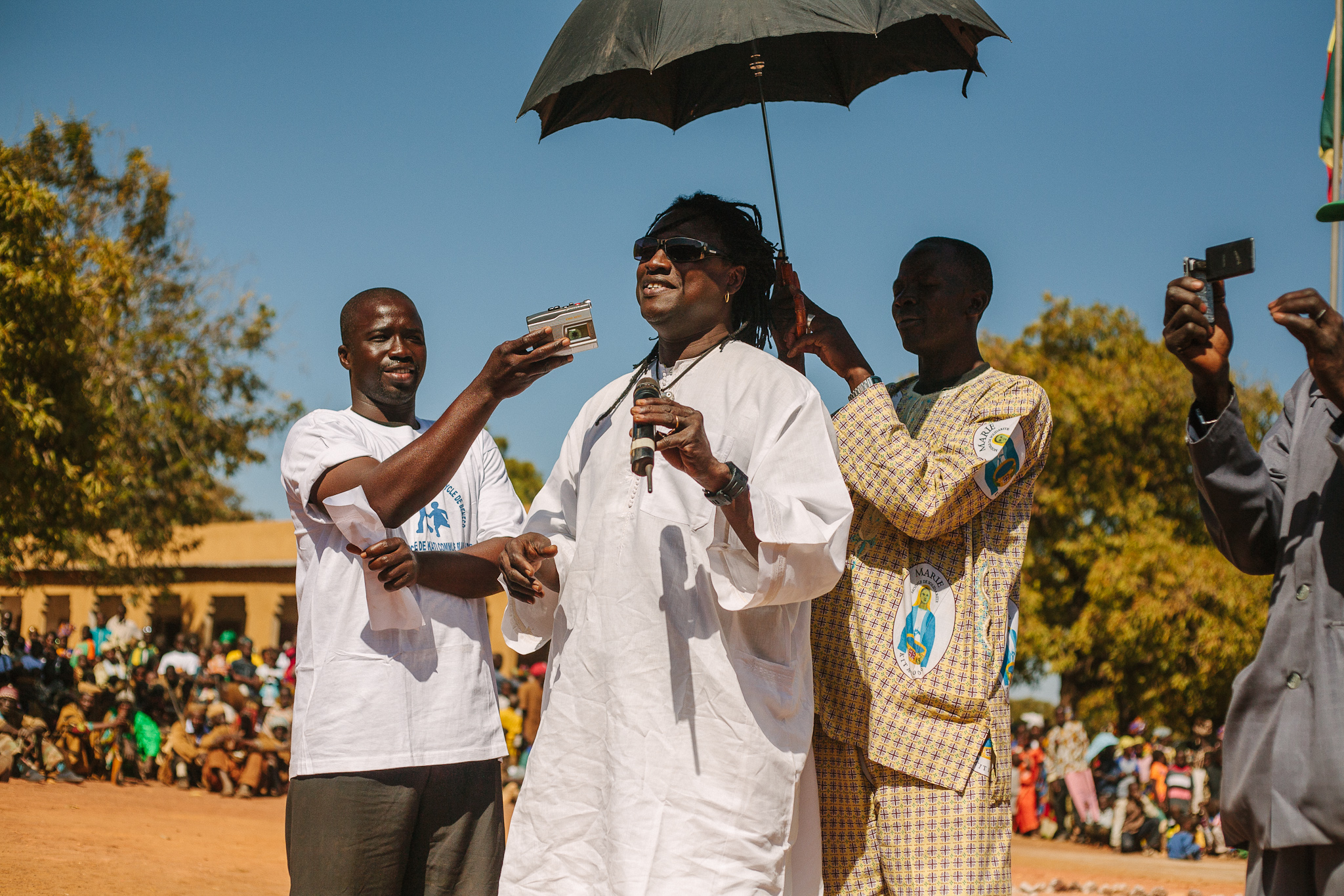 Habib Koité, one of Mali's most famous musicians, performs at the Beneko school dedication.