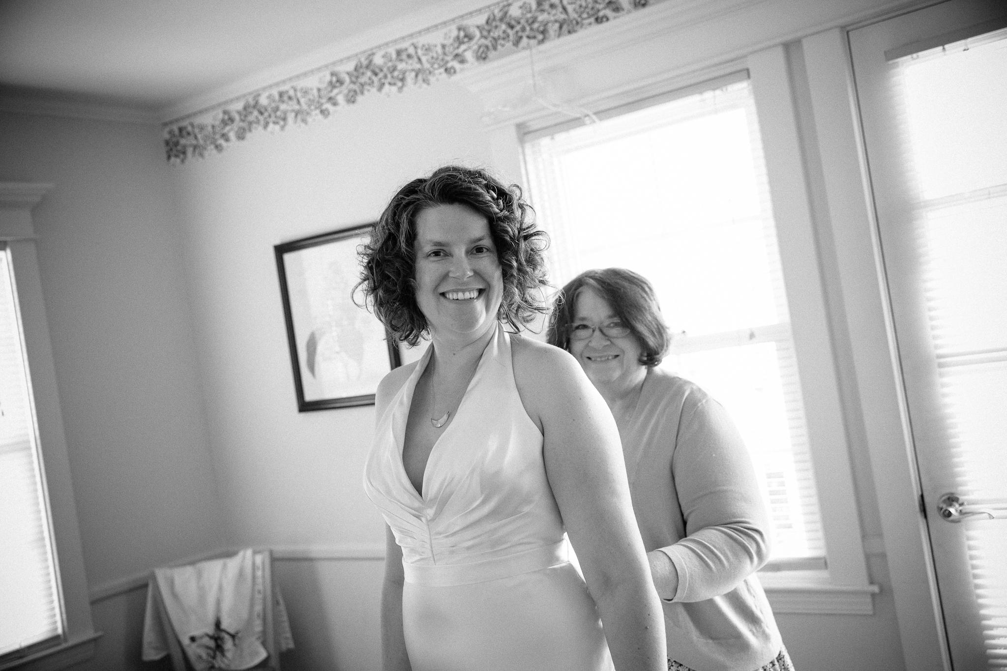 crystalchristiaan_weddingsneakpeek_2014_jenniferleahyphotography-3-of-43_14139987800_o.jpg