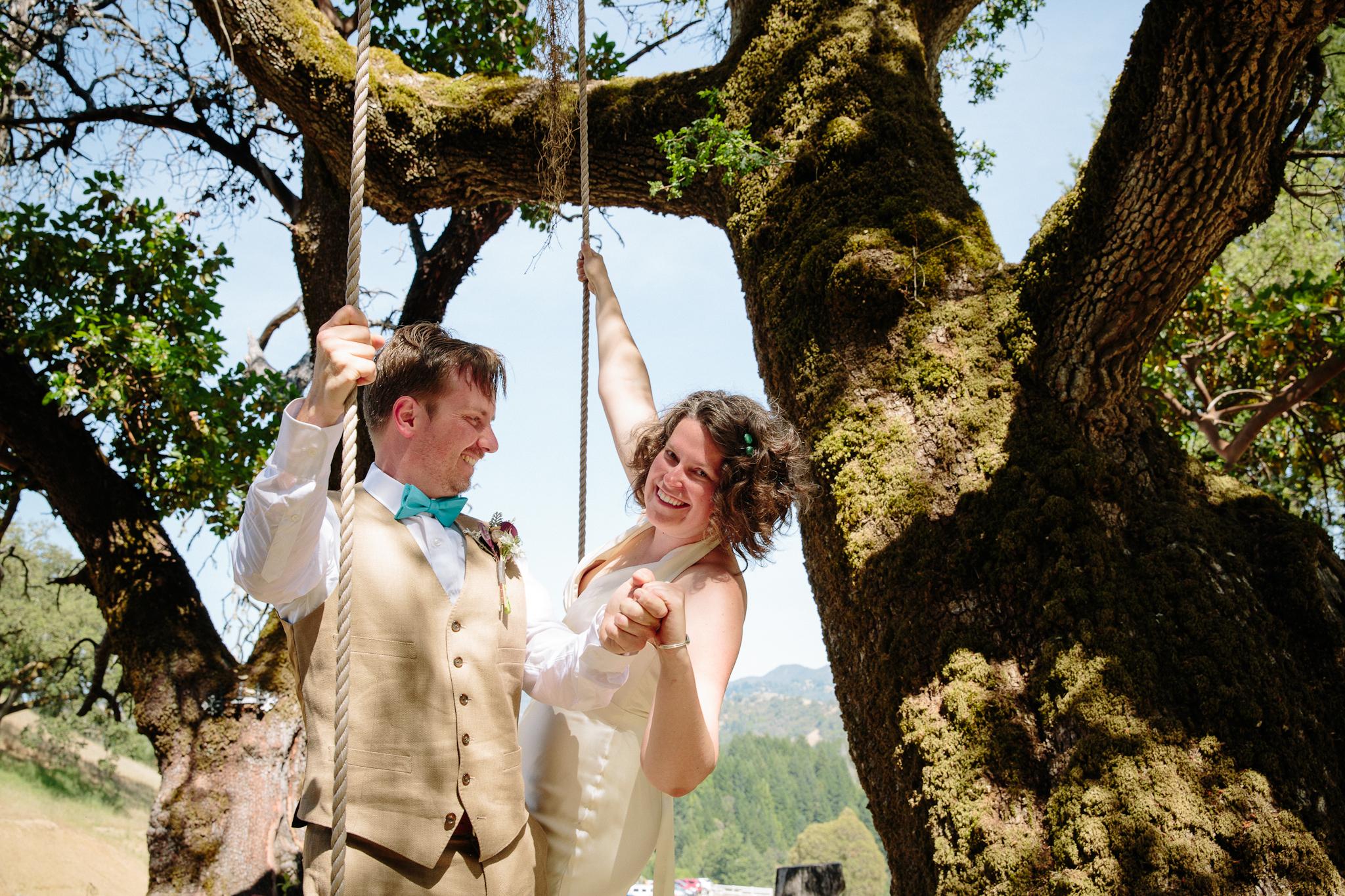 crystalchristiaan_weddingsneakpeek_2014_jenniferleahyphotography-10-of-43_14140070407_o.jpg