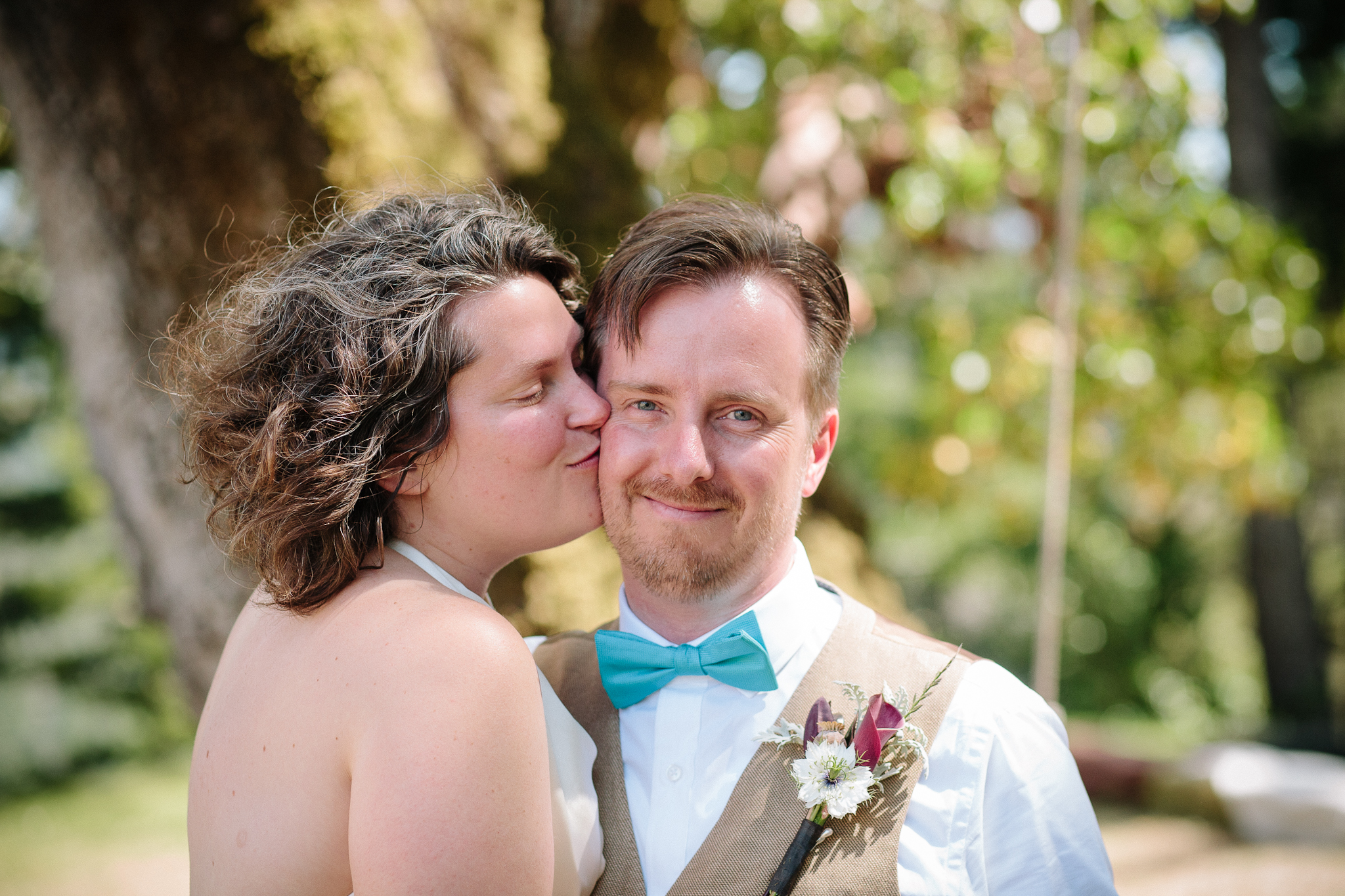 crystalchristiaan_weddingsneakpeek_2014_jenniferleahyphotography-11-of-43_14323259371_o.jpg