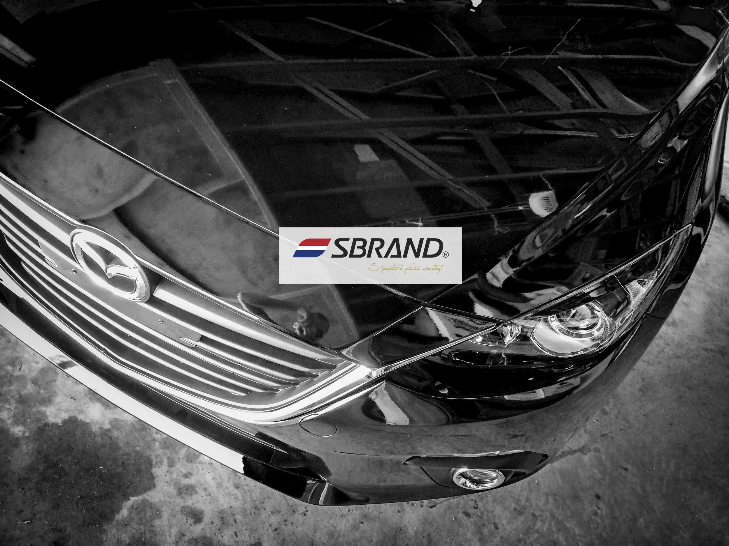 SB Glass Mazda3 2013 .jpg