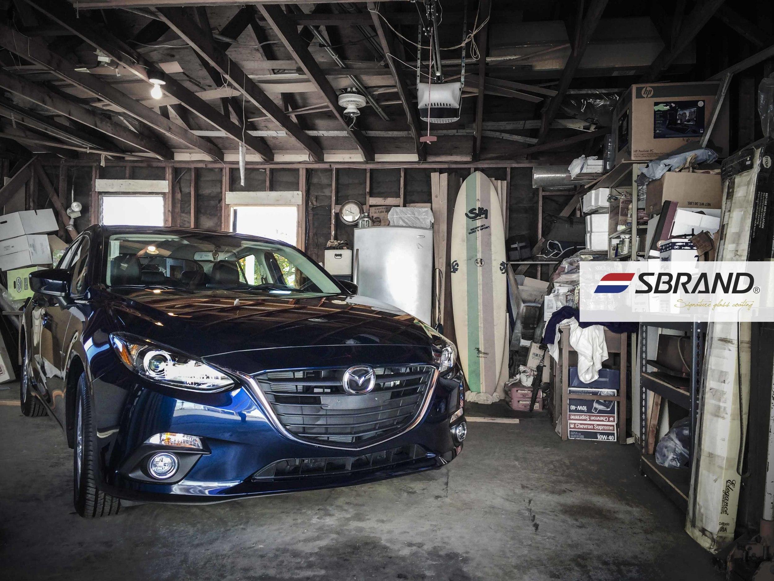 SB Glass Mazda3 2013 1.jpg