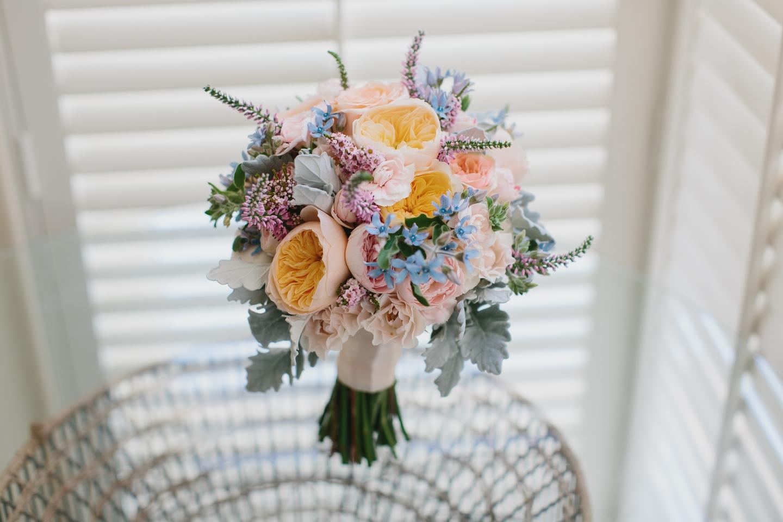 wedding-flowers-last-all-dau