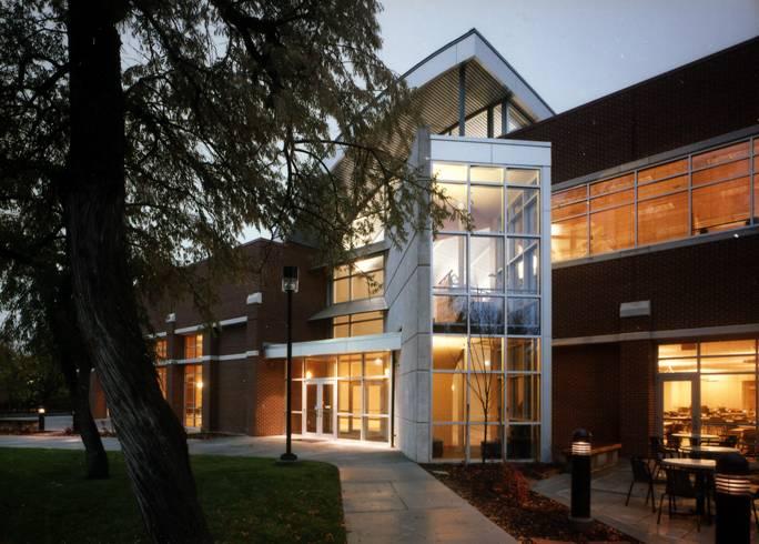CEU Student Center.jpg