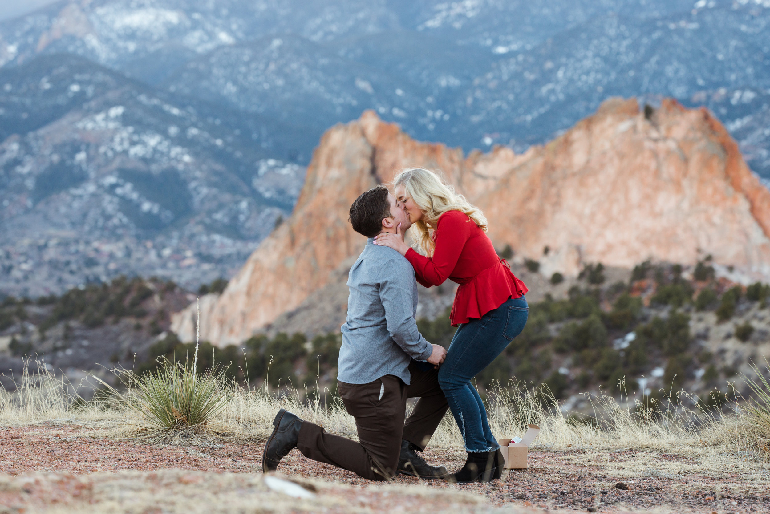 I love this Colorado Springs surprise proposal!