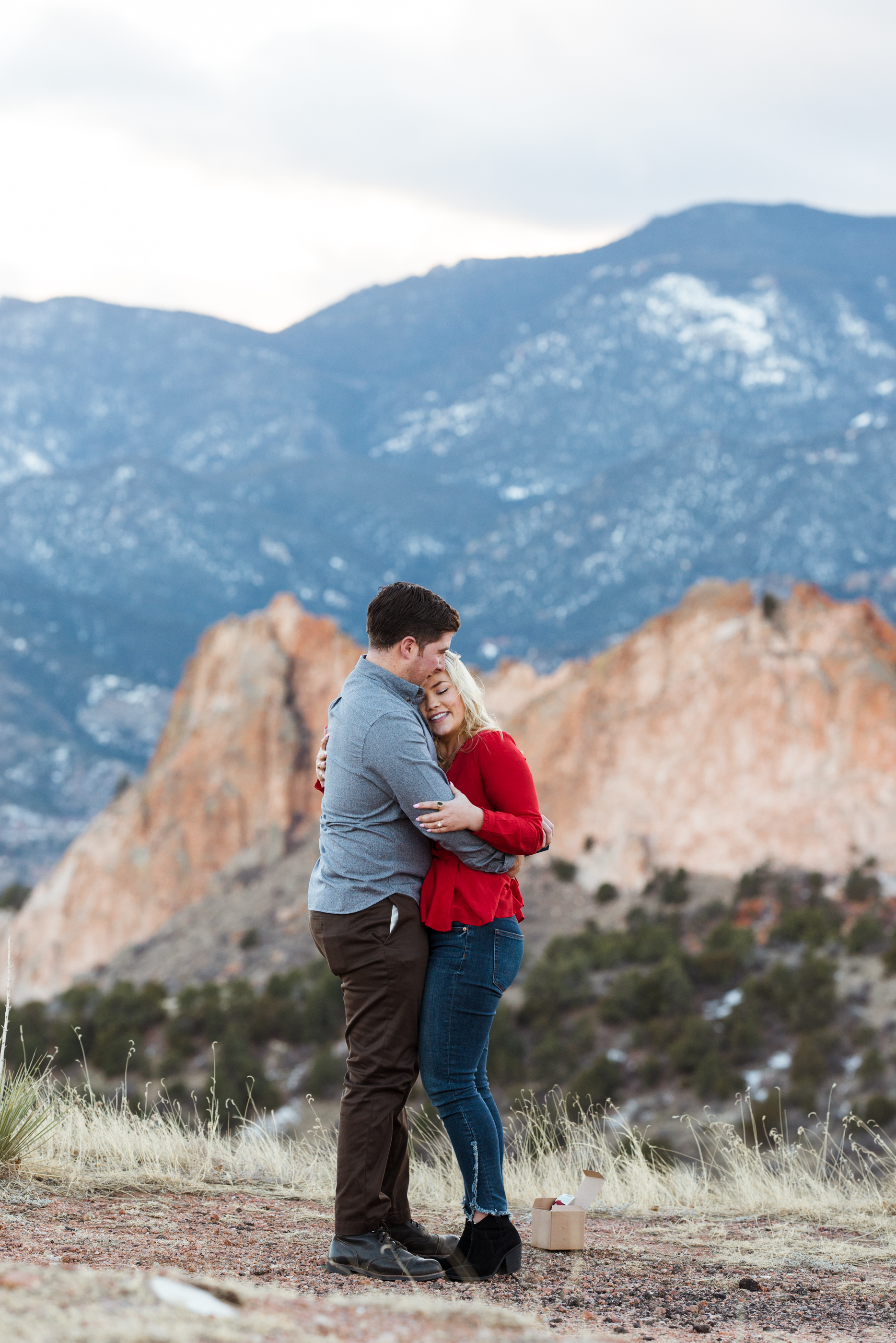 Check out this surprise Colorado Springs proposal photoshoot.