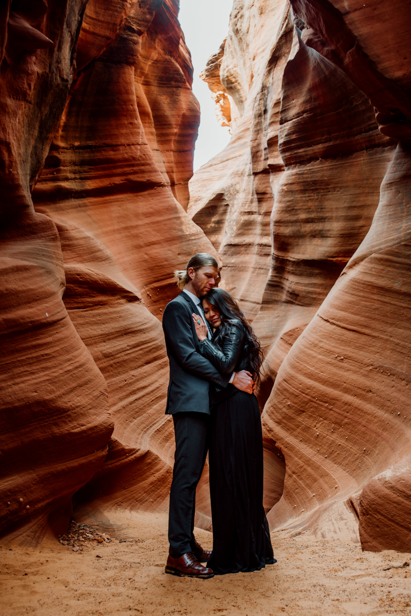 A stunning elopement wedding in the Arizona slot canyons