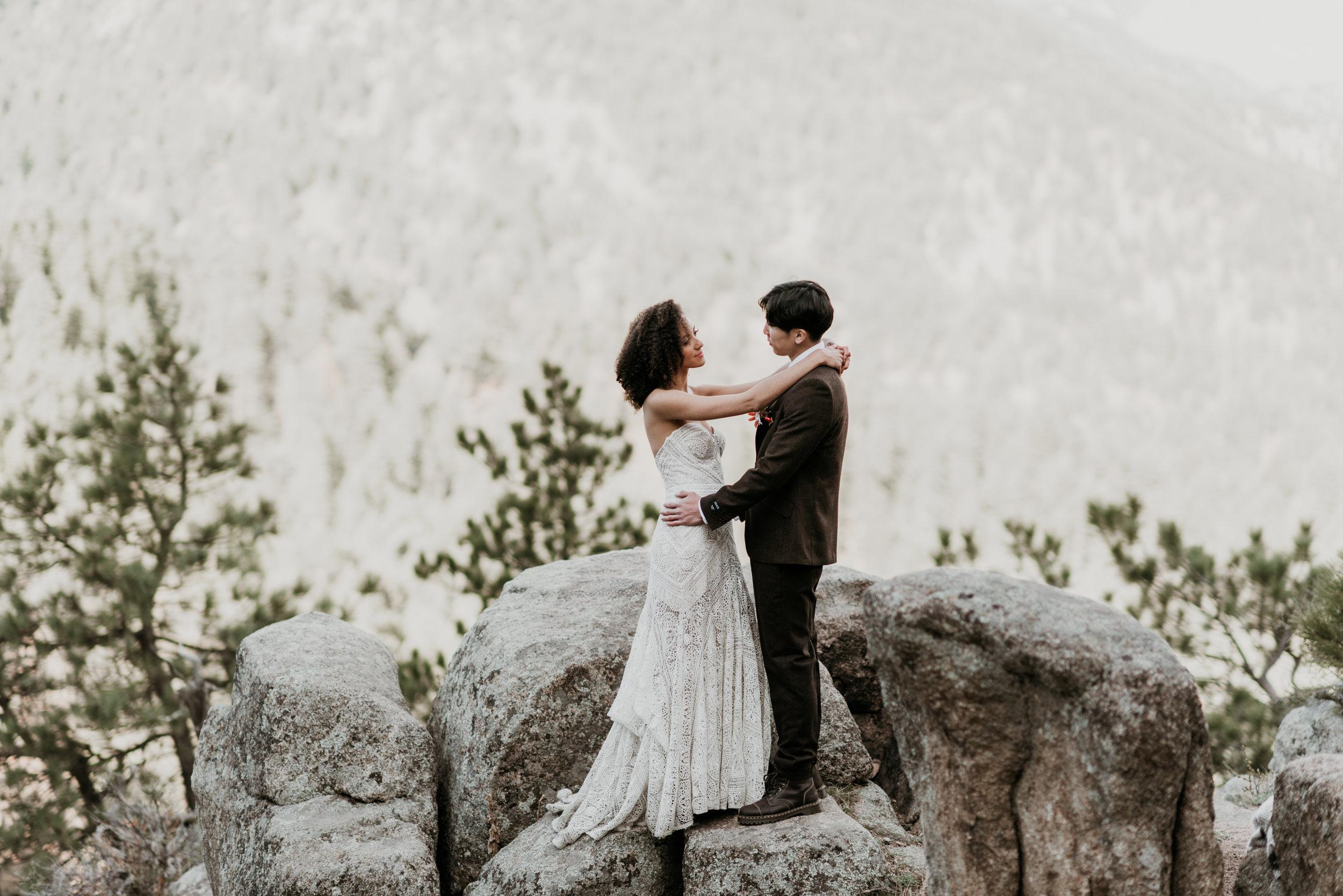 A gorgeous boho inspired Colorado mountain elopement.