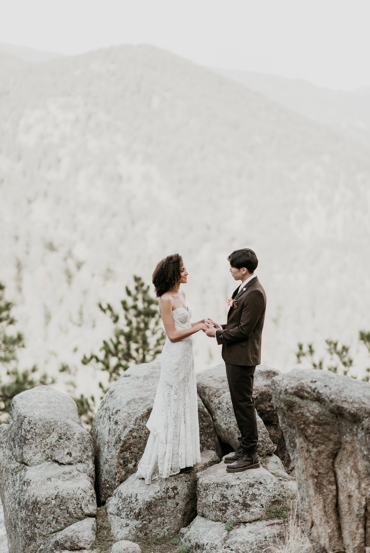 A gorgeous bohemian inspired Colorado elopement wedding.
