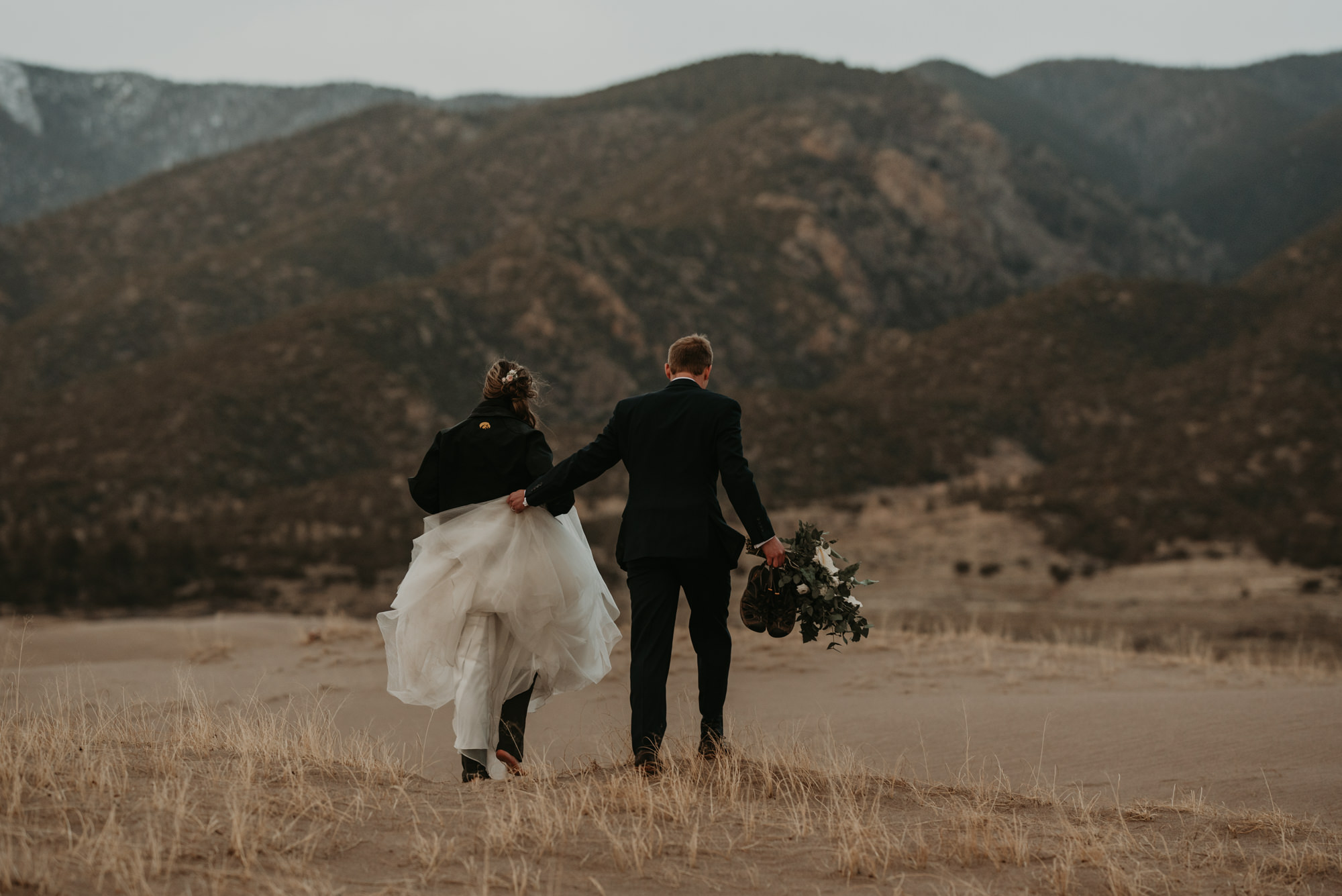 Hiking Elopement - Wild Earth Weddings