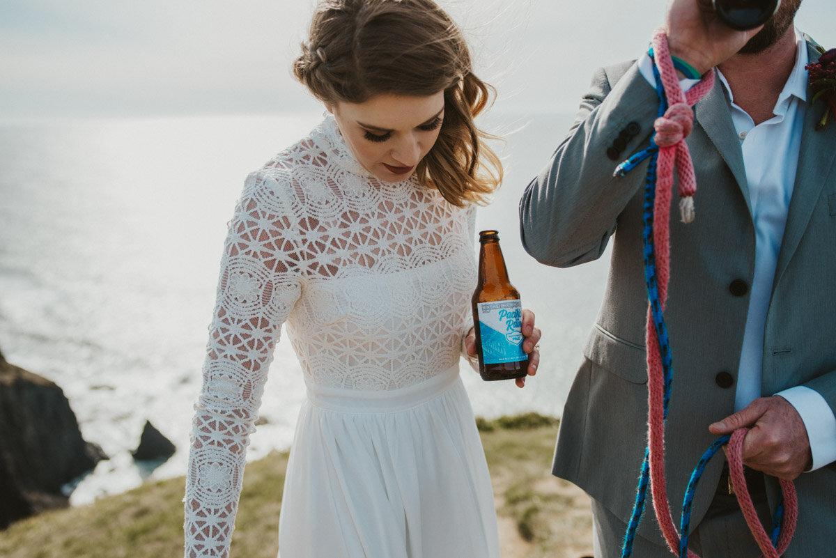 Hiking elopement celebrations.