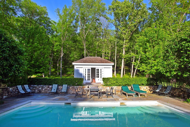 pool house4.jpg