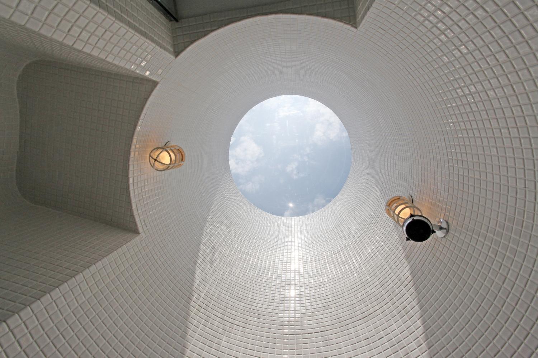 shower ceiling2.jpg