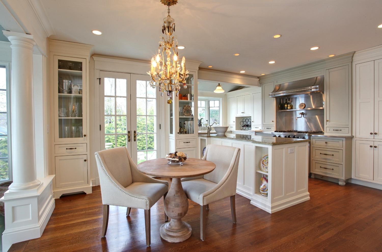 kitchen table2.jpg