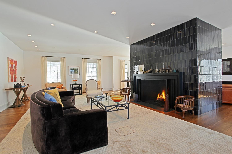living room13.jpg
