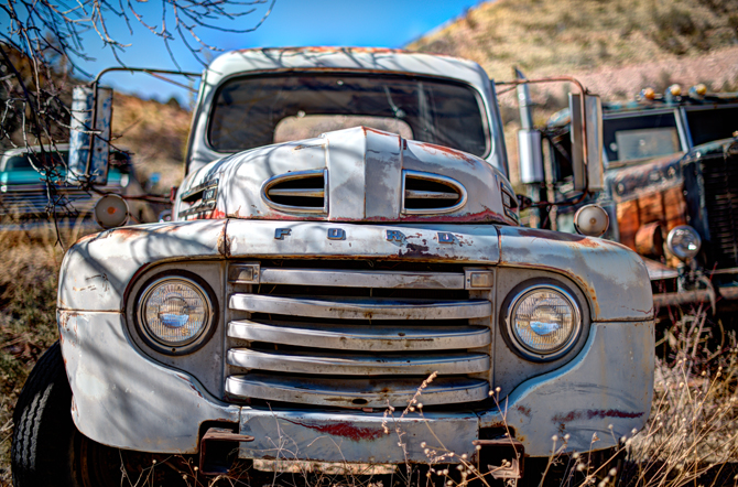Jerome-Arizona-Ghost-Town-Junk-Old-Ford-truck-Naomi-VanDoren-13