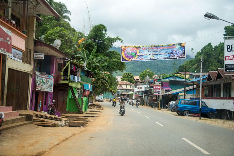 drive-to-Jayapura-Papua-Indonesia-Naomi-VanDoren