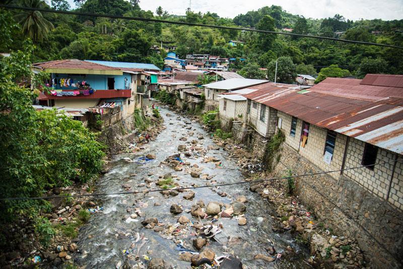 homes-on-dirty-river-2-Jayapura-Papua-Indonesia-Naomi-VanDoren