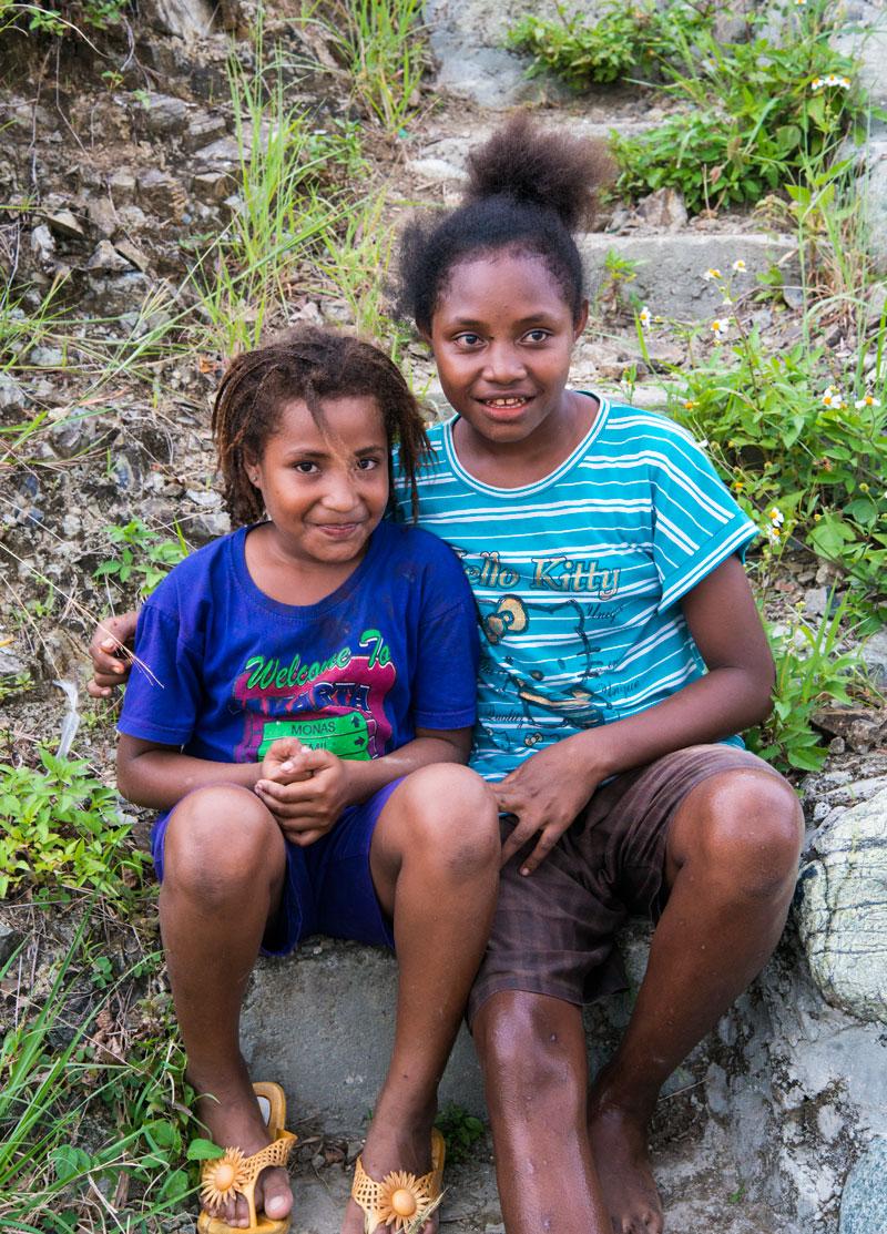 local-girls-lake-sentani-papua-Indonesia-Naomi-VanDoren.jpg