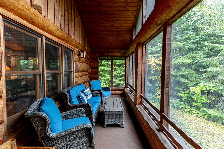 best-lutsen-resort-videographer.jpg