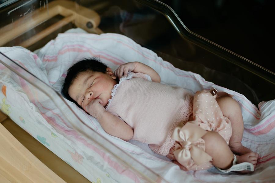 newborn photographer tacoma