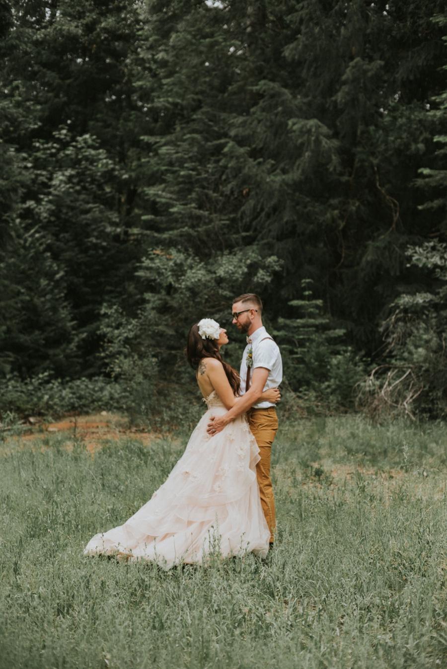 eloping in a field