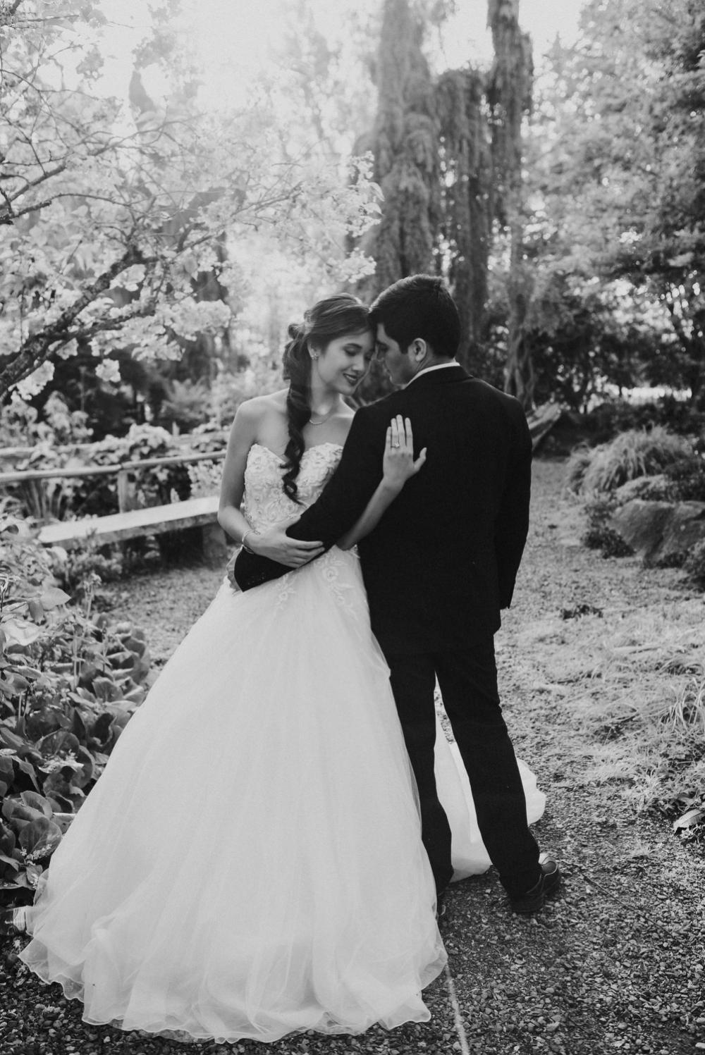 windmill gardens wedding photographer