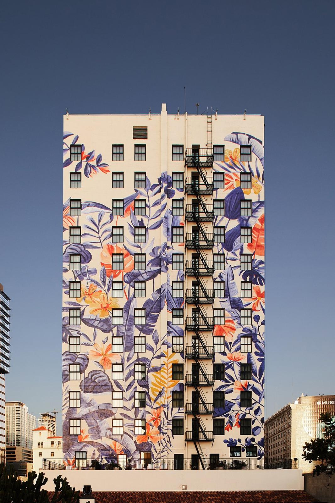 Hotel Figueroa Mural Bella Gomez