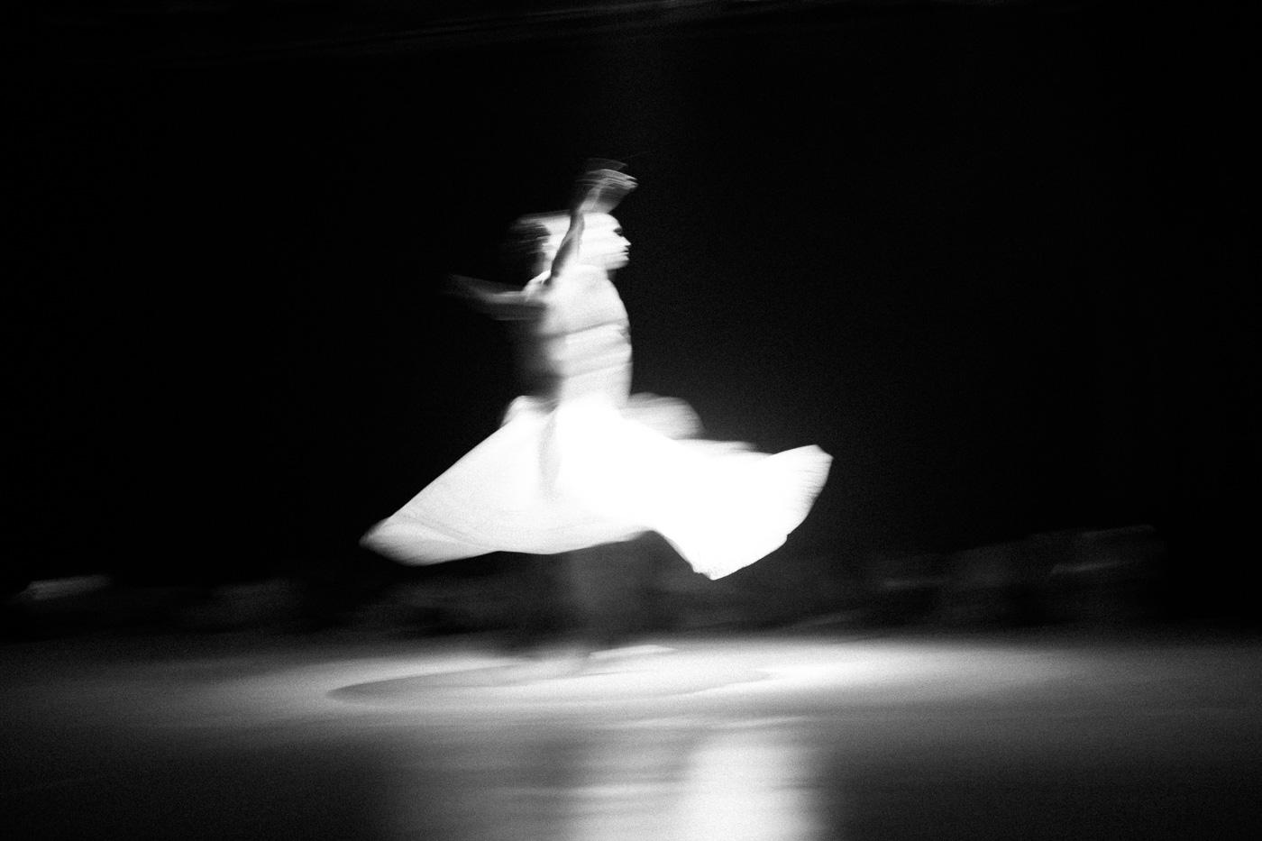 SebastianDahl-19-SEBD9570-Sima dance show.jpg
