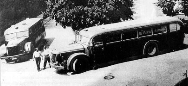 Autobusy do przewożenia ofiar akcji T-4 (źródło:    dws-xip.pl/reich/zaglada/t41.html )