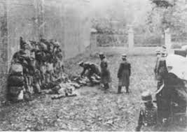 Egzekucja publiczna pod murami więzienia w Lesznie -     Operacja Tannenberg,     21 października 1939 roku (źródło:  www.grzybno.info.pl/wspomnienia_tannenberg.php )