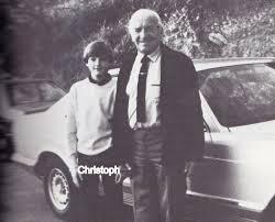Hans Ulrich Rudel z synem Christophem (źródło:  ww2gravestone.com/general/rudel-hans-ulrich )