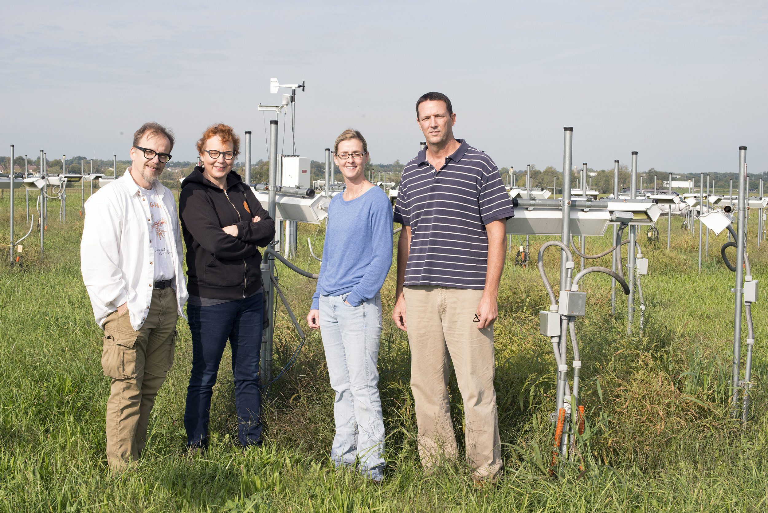 Kari and Marjo(Left) with Rebecca and Jim at the UK climate change project in Lexington.