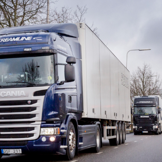 Platooning is where the action is when it comes to autonomous trucks
