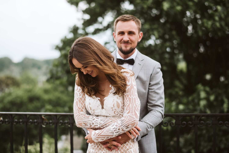 Ania & Paweł - Zdjęcia Gabriela doskonale oddają atmosferę naszego ślubu. Oglądałam je jakieś 300 razy i za każdym razem jestem wzruszona, rozbawiona, poruszona i zachwycona jednocześnie :) Gabriel, dziękujemy! Na pewno jeszcze się spotkamy!